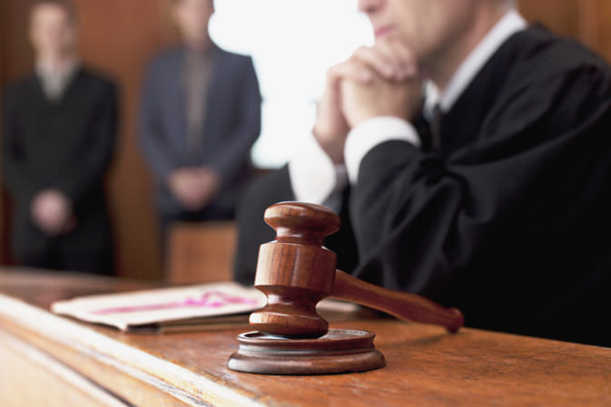 Адвокатское представительство в суде
